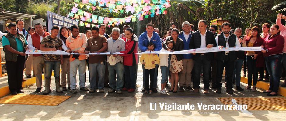 Inauguran el Puente Vehicular Saturno en Cuautlapan