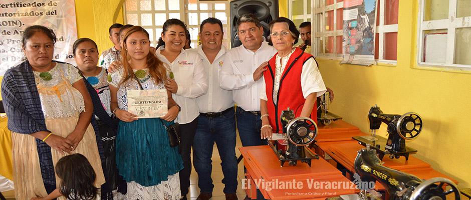 entrega cdi proyectos productivos en ixhuatlancillo