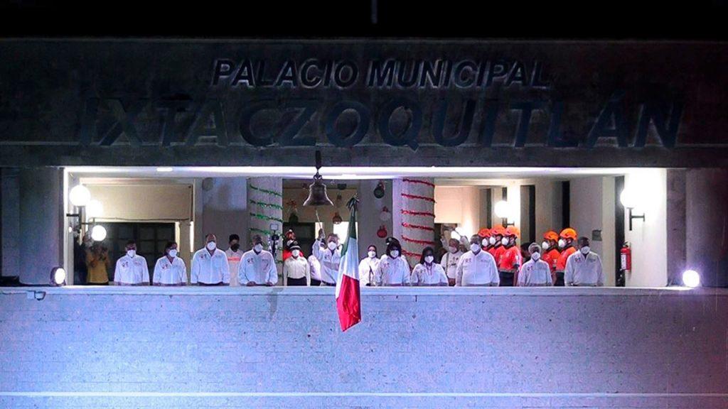 Grito de Independencia 2020 en Ixtaczoquitlán02