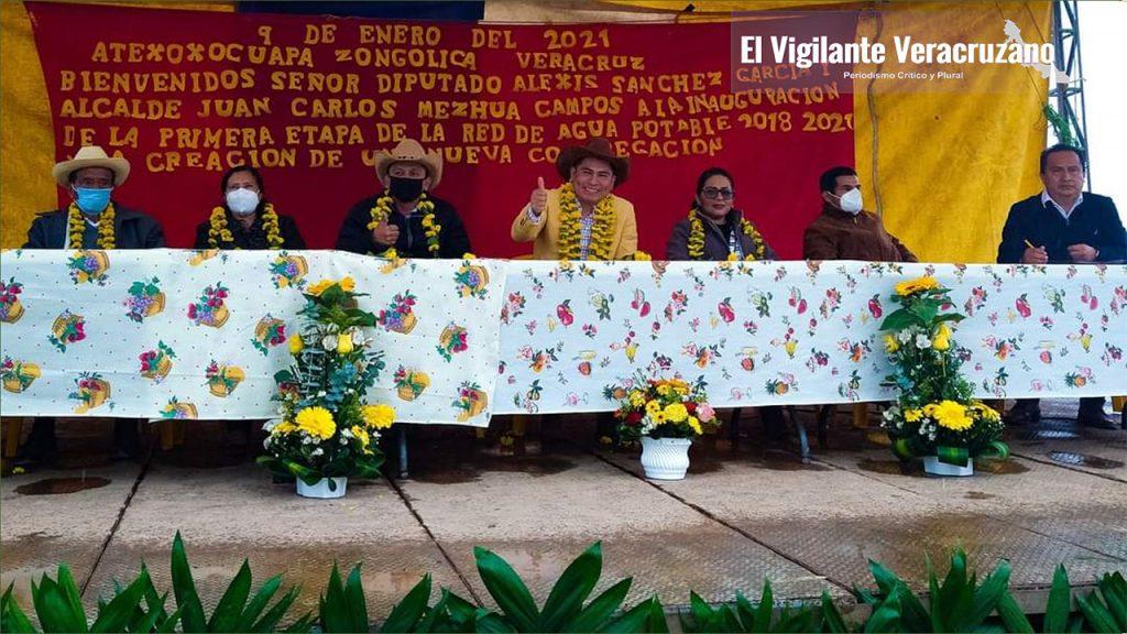 Sesiona cabildo en Atexoxocuapa, Zongolica