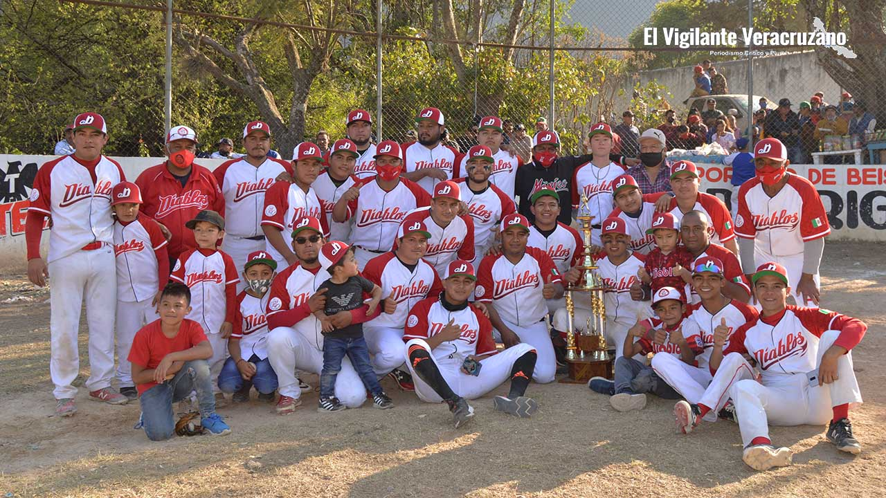 Diablos conquistan el título de la liga de béisbol en Acultzingo