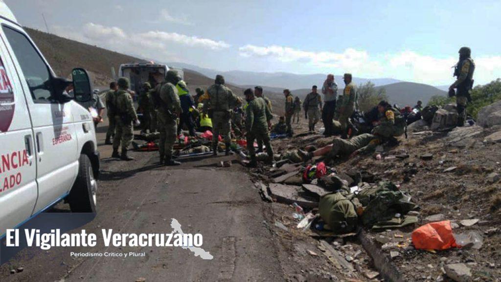 Se accidenta camión del Ejército Mexicano en Cuacnopalan, Puebla02