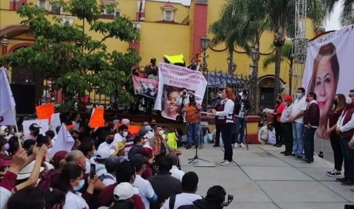 Corina Villegas arranca su campaña con el pie izquierdo