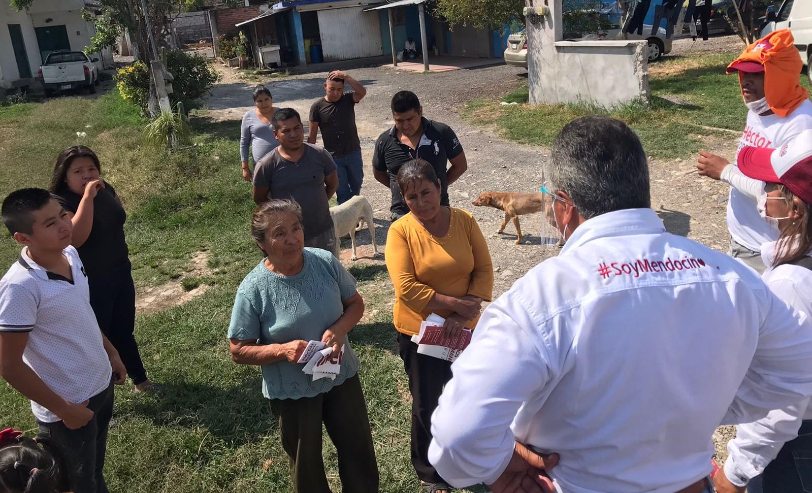 Confían familias del Ejido La Cuesta en Héctor Rodríguez Cortés