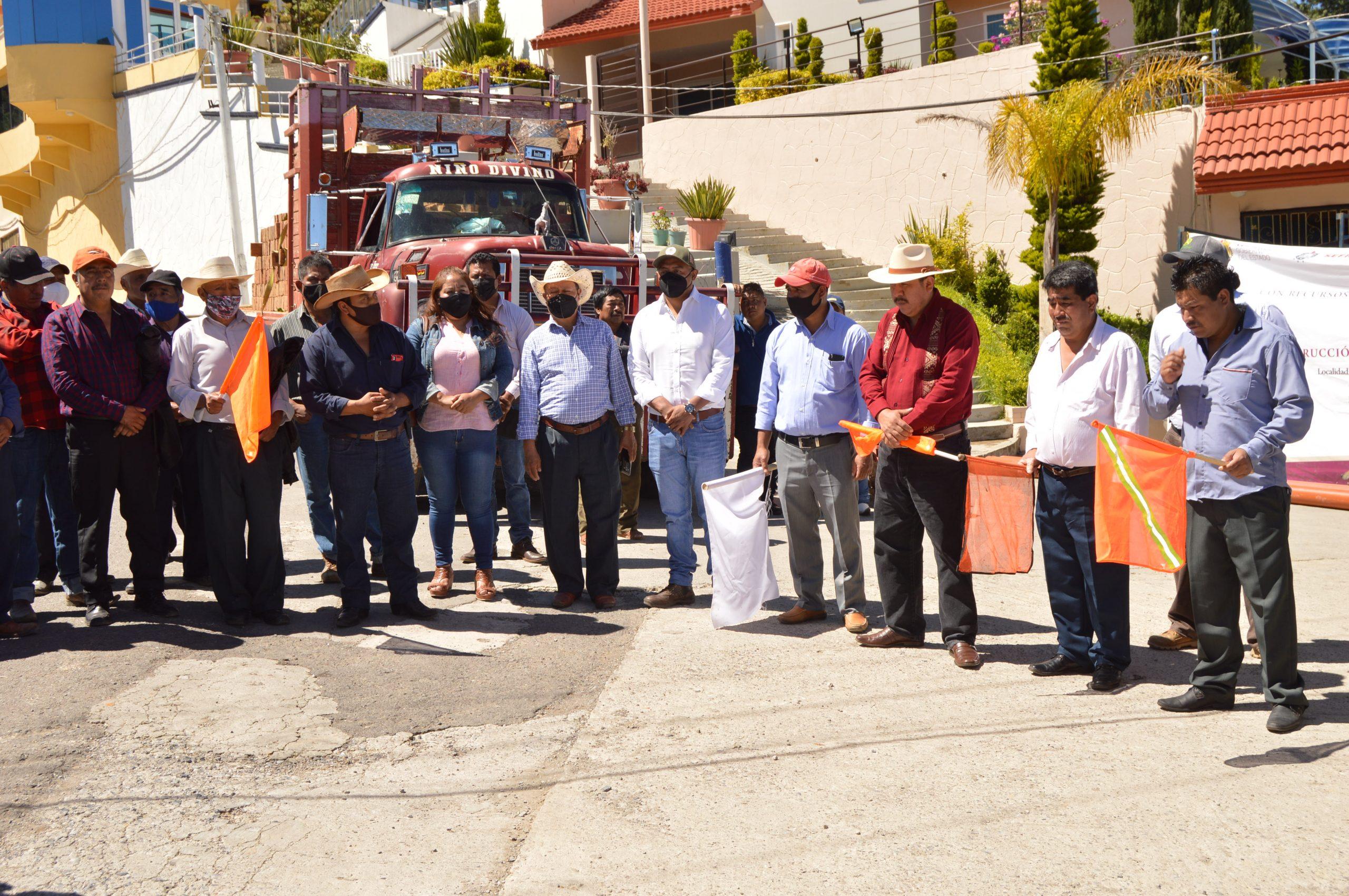 Inician construcción de 8 km de drenaje sanitario en Atzompa