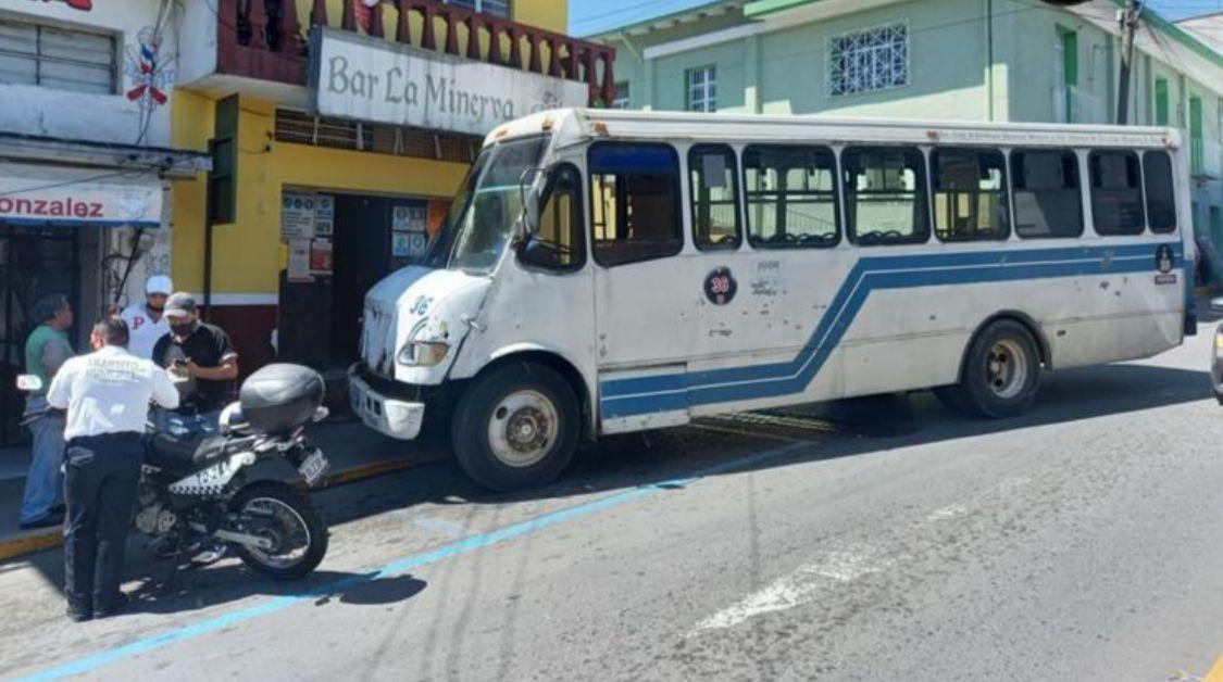Urgente ponerles un alto a autobuses chatarra de Atzacan