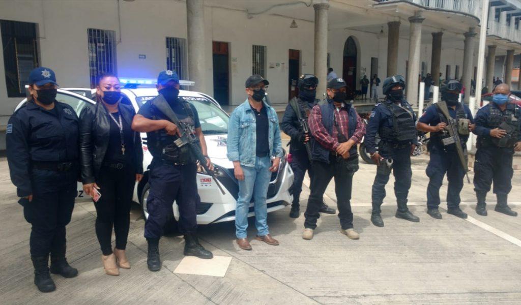 Entrega Ayuntamiento nueva patrulla a la policía de Nogales